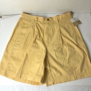 Liz Claiborne Women's Yellow Shorts Size:14